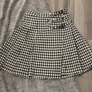 ♠️ Kate Spade ♠️ Houndstooth Skirt The Rules